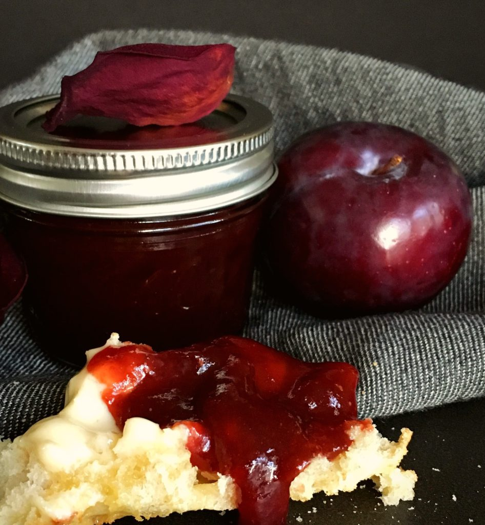 homemade-plum-jam