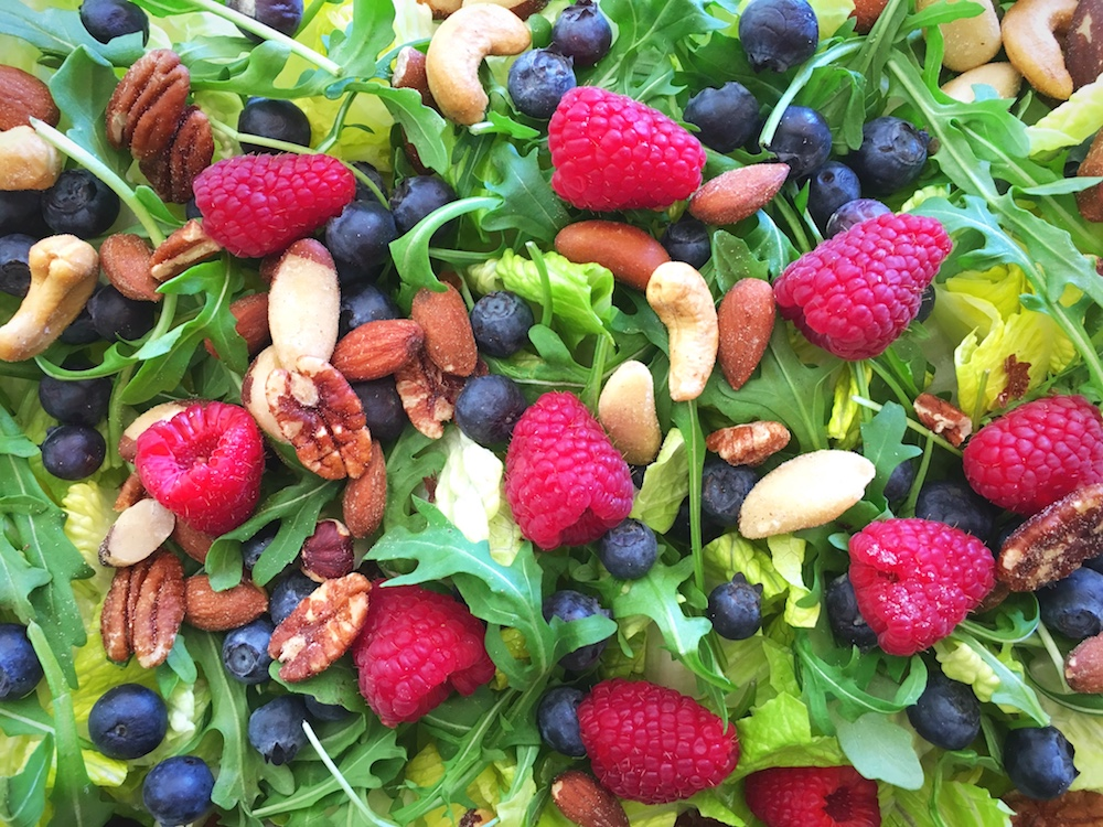Spinach-Arugula-Salad-with-toasted-nuts-raspberries-and-blueberries